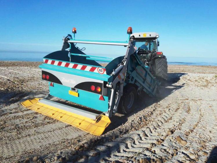 Mazara. Iniziate le operazioni di pulizia delle spiagge Tonnarella e San Vito