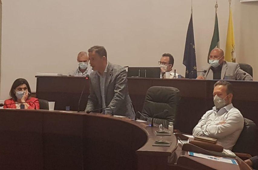 Mazara. Consiglio Comunale, approvati la proroga della rateazione tributi al 30 giugno ed il regolamento per il conferimento all'impianto di depurazione dei rifiuti liquidi a mezzo autospurghi. Alle ore 15 di oggi in seduta di prosecuzione