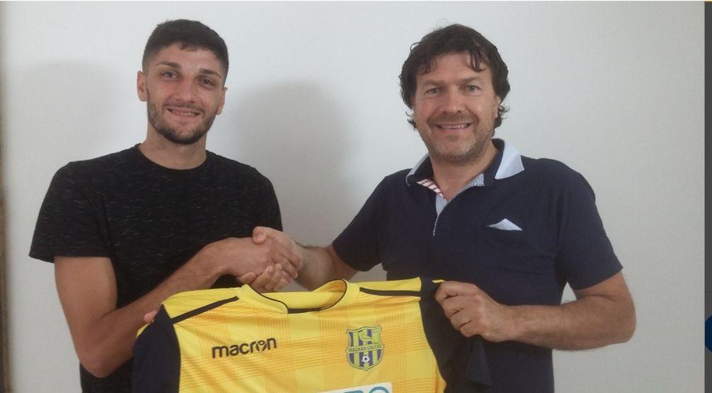 Mazara calcio: Dopo le riconferme di Genesio e Iacono, arriva quella del centrocampista Bartolo Caronia