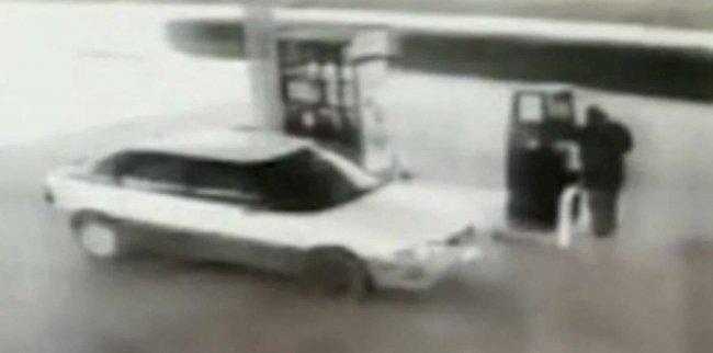 Beccato a guidare e a fare benzina: falso cieco con pensione d'invalidità a Campobello