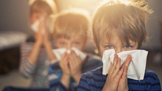 Coronavirus, Da settembre niente scuola se si ha il raffreddore: obbligatorio restare a casa per 3 giorni
