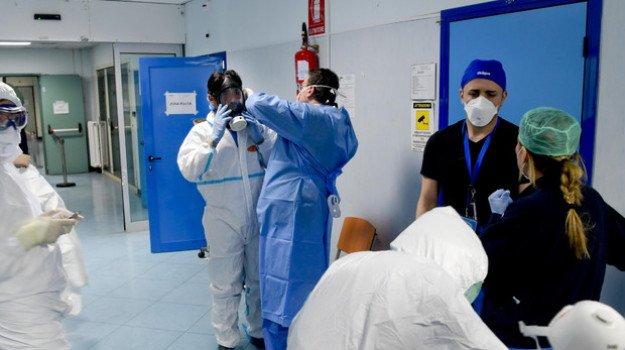 Coronavirus, il virologo Clementi: