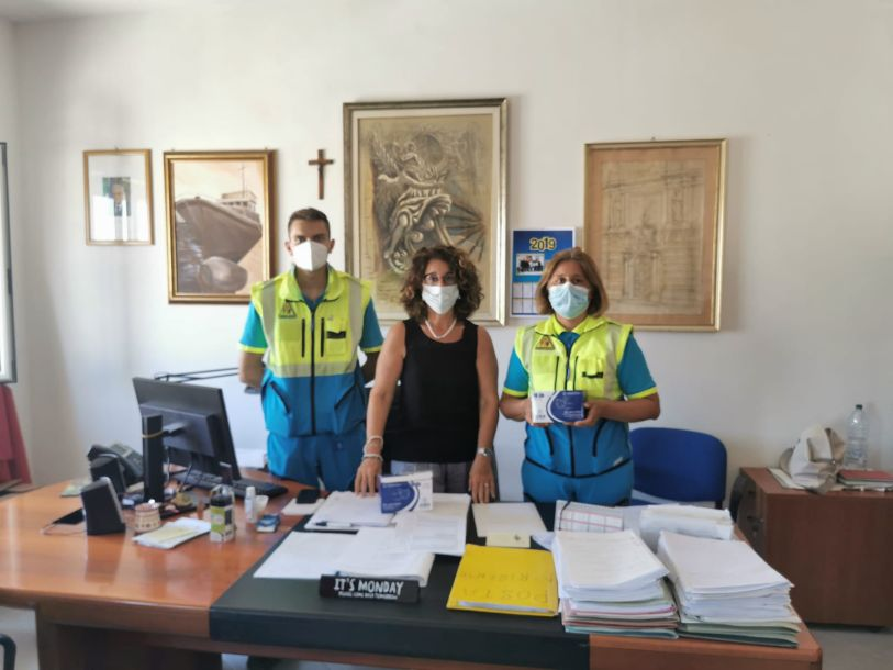 Mazara. La Misericordia di Mazara consegna 200 mascherine al 1° Settore del Comune