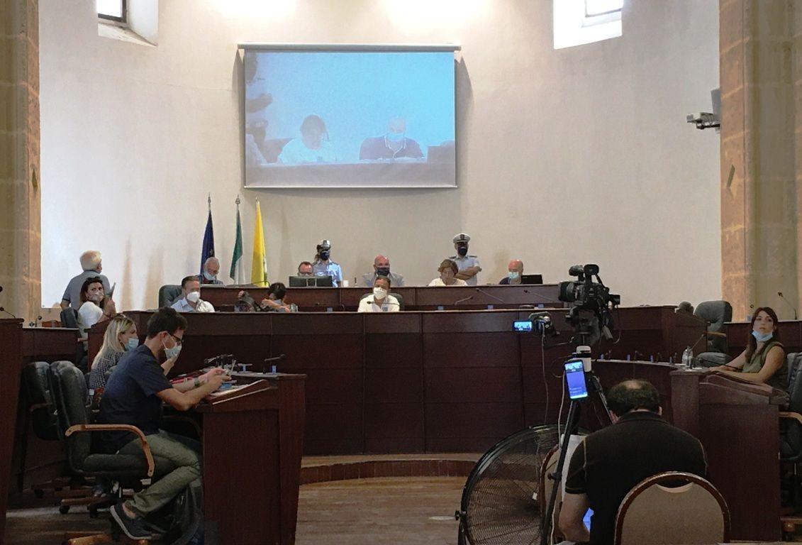Indagati a Mazara 14 consiglieri comunali