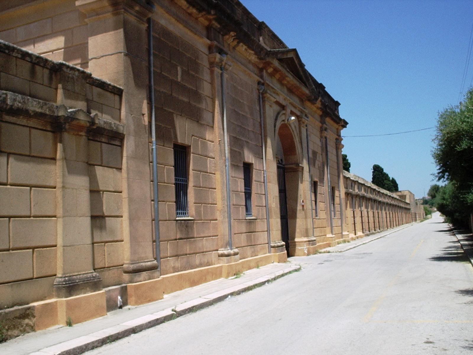 Mazara. Piano estumulazione reparto n. 13 del Cimitero comunale