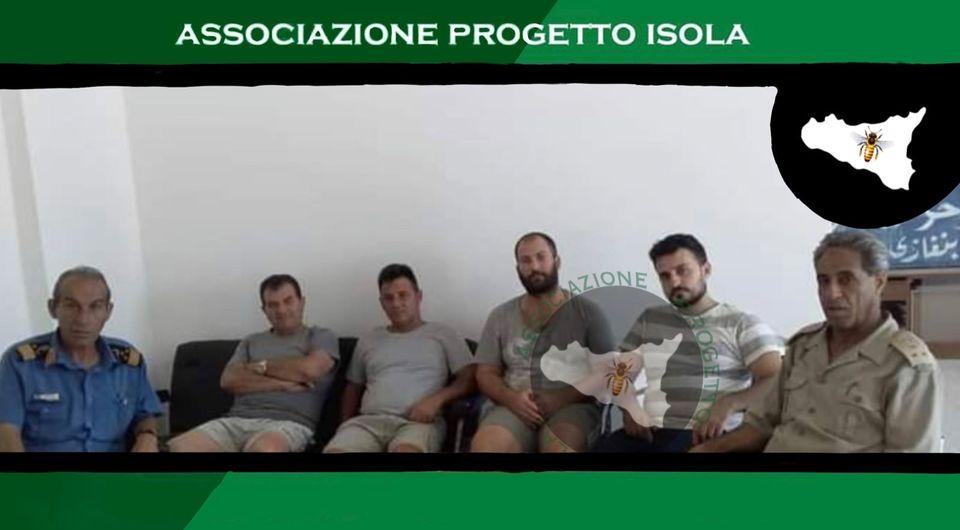 Mazara. Associazione A.P.I. FOTO DI ALCUNI MARINAI SEQUESTRATI IN LIBIA