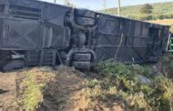Incidente a Castelvetrano, pullman si ribalta: morti un medico e un operatore sanitario, un ferito grave