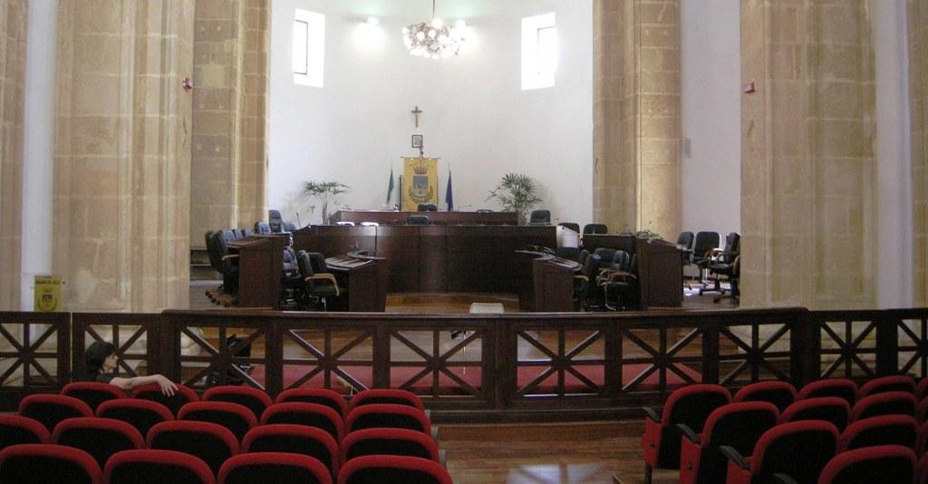 Mazara. Comunicato dei consiglieri comunali di opposizione sulla mancata seduta dell'assise in presenza