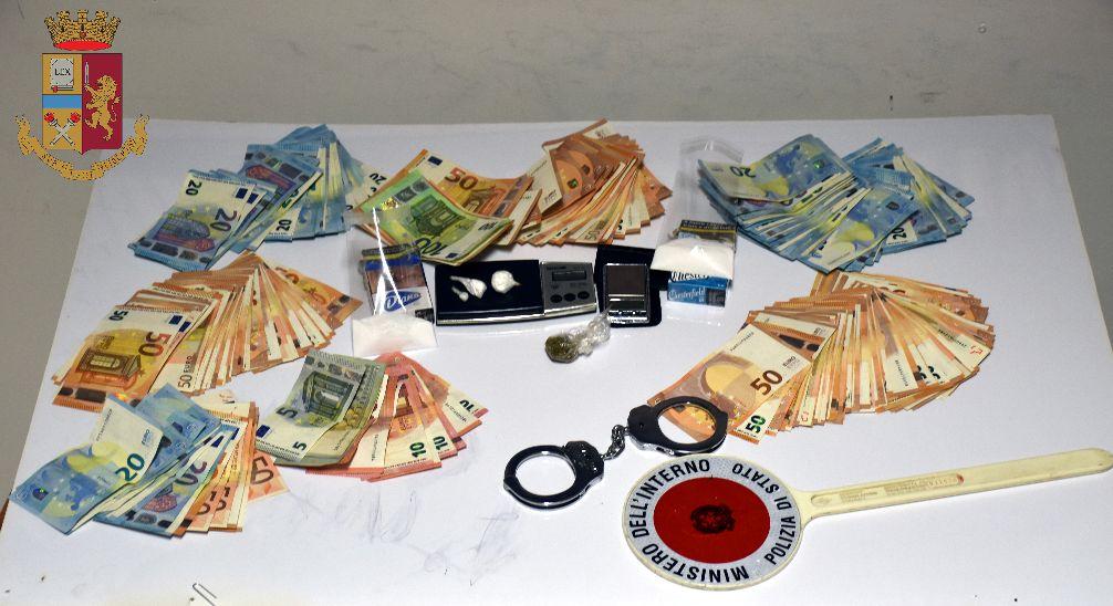 Mazara. Operazione antidroga della Polizia con arresto in flagranza di un Sorvegliato Speciale di P.S. per il reato di detenzione ai fini di spaccio di cocaina e marijuana