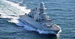 La Marina Militare difende 7 pescherecci mazaresi in zona ad alto rischio