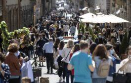 Italia pronta ad altre aperture dal 17 maggio: possibile slittamento del coprifuoco alle 23 o 24