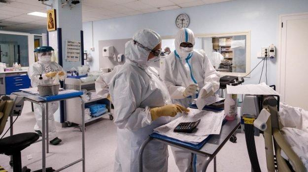 Coronavirus, Sicilia ancora prima in Italia per nuovi contagi e decessi