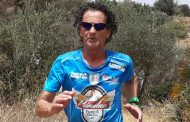 L'atleta mazarese Pino Pomilia alla maratonina di Terrasini