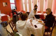 Green pass obbligatorio dai 12 anni in su nei ristoranti al chiuso, nuovi criteri sui colori: le novità del decreto