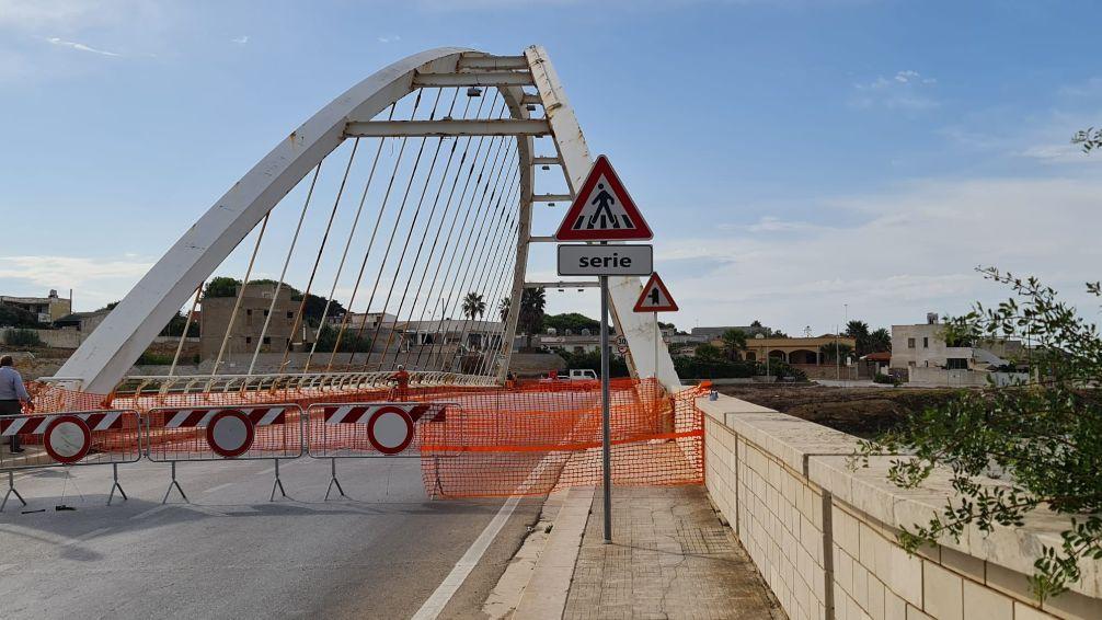 """Mazara. Chiusura ponte sul fiume Delia/Arena, il Comune diffida l'ex Provincia """"Subito gli interventi per la messa in sicurezza del percorso alternativo"""""""