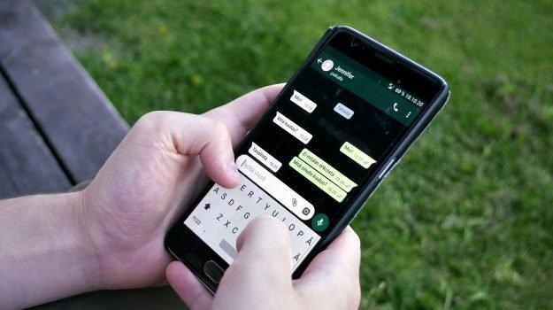 Si fermano Whatsapp, Facebook e Instagram: disagi in tutto il mondo